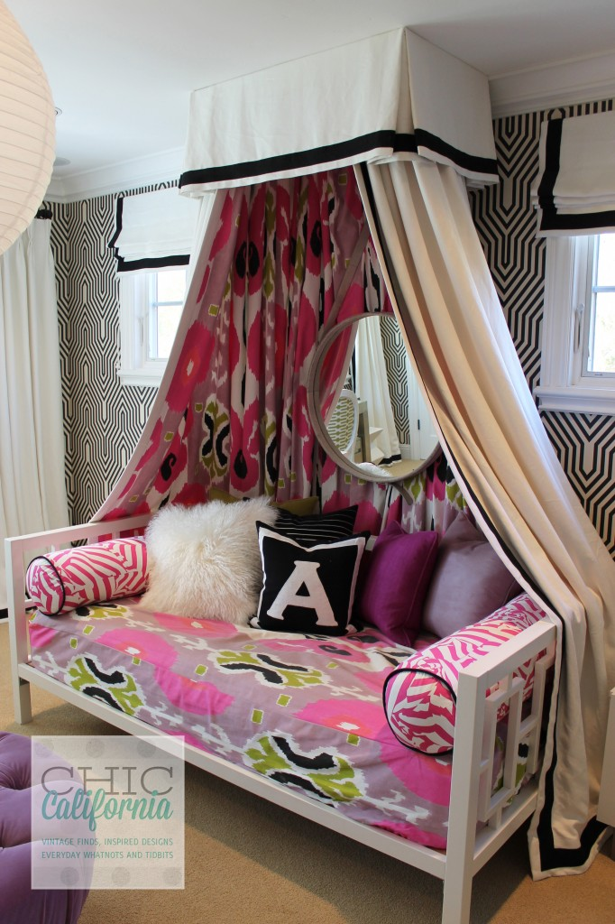 canopy bed, fabric canopy, pink bedroom, teen room