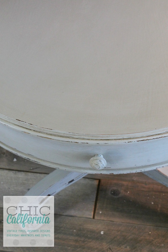 top of pedestal table