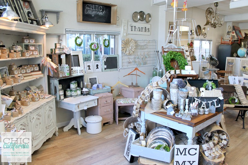 Shop update chic california - Small retail space design decoration ...