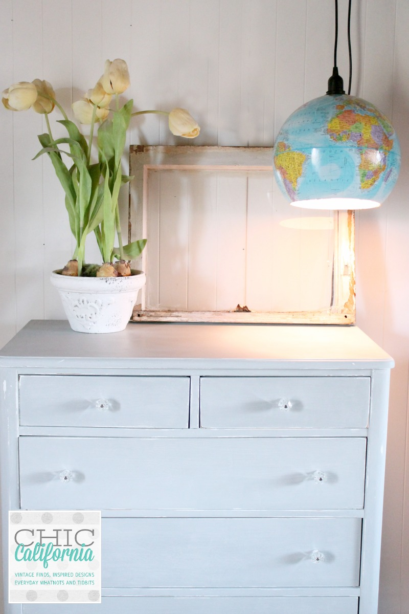 Glove light and dresser
