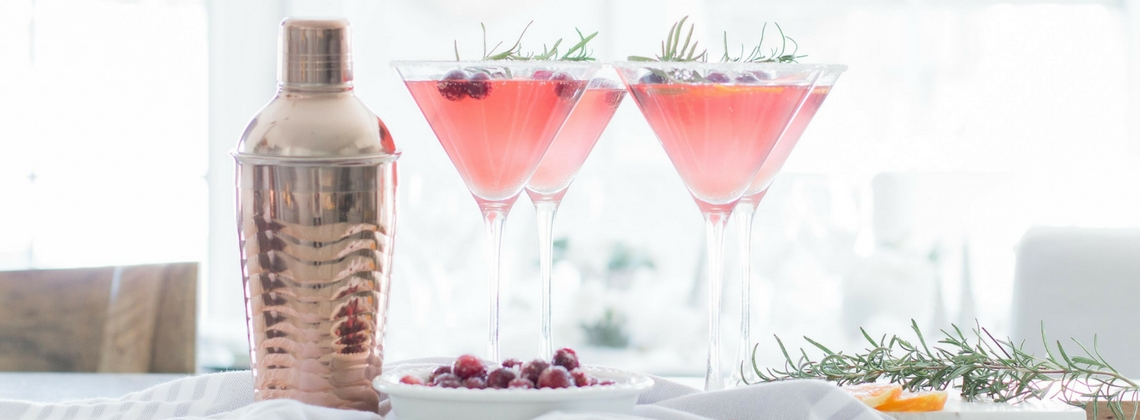 Low Carb Sugared Cranberry Vodka Fizz