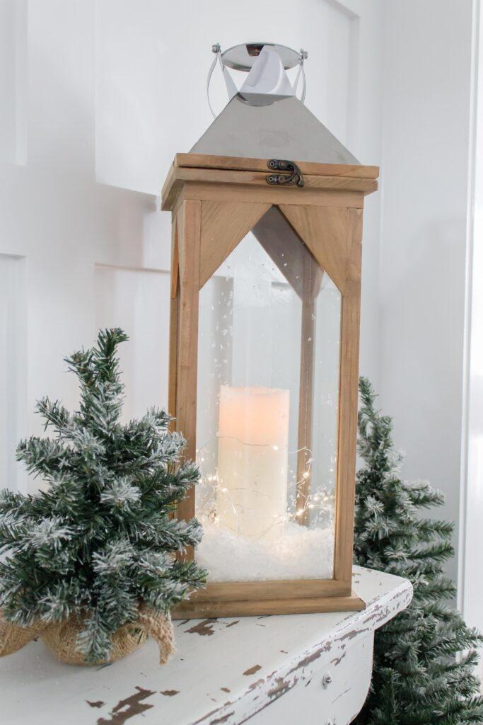 Light and Bright Holiday Decor