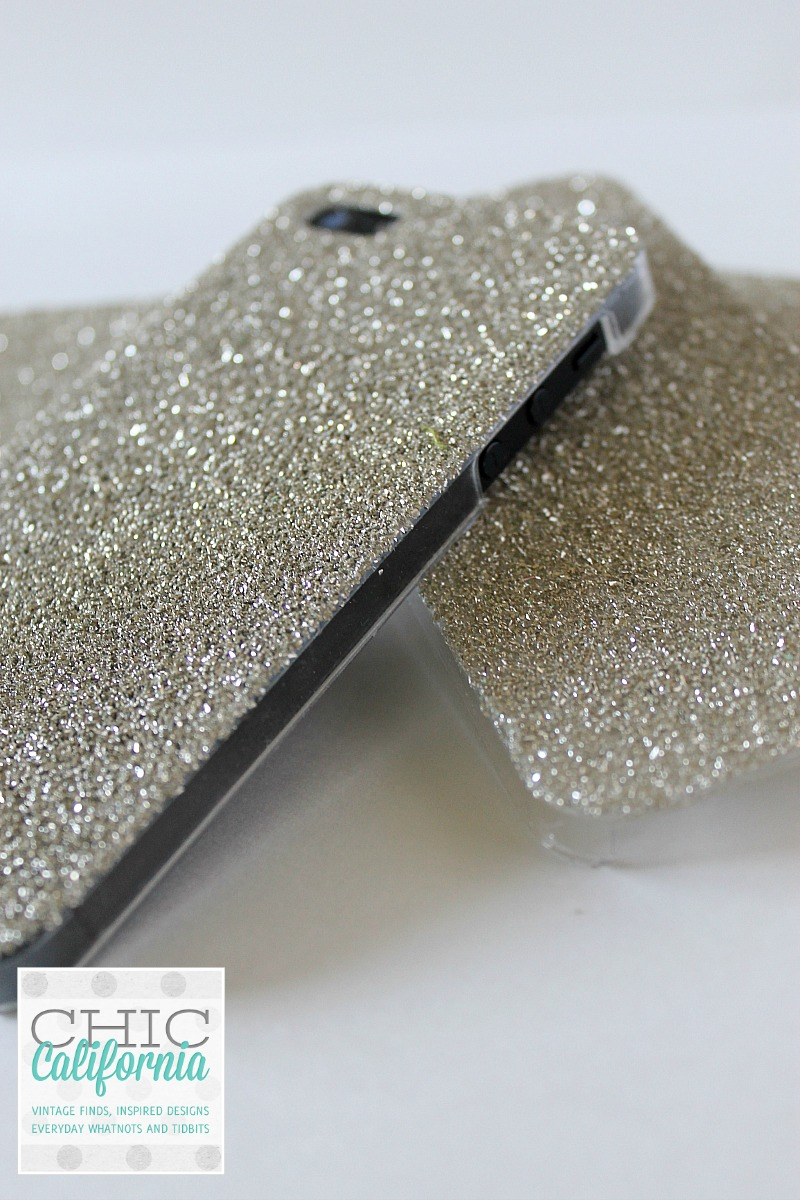 Great Tutorial from Chic California on Making a Glitter Phone Case