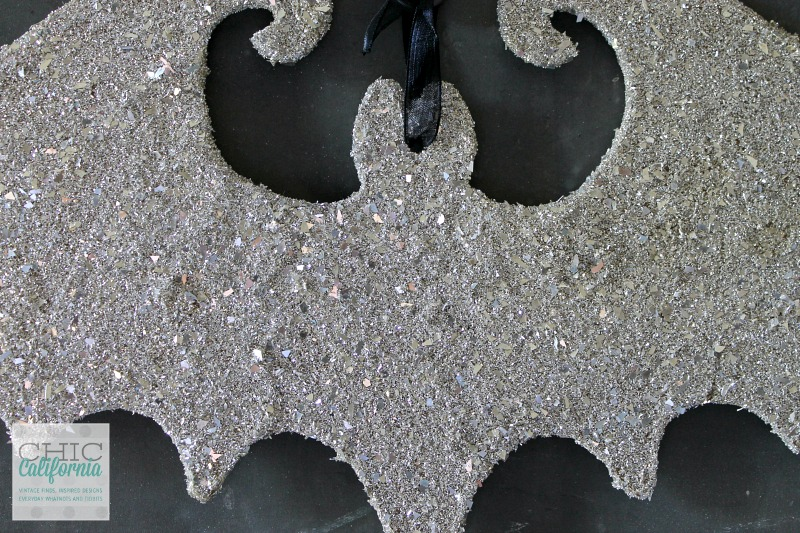 Glass Glitter Bat by Chic California
