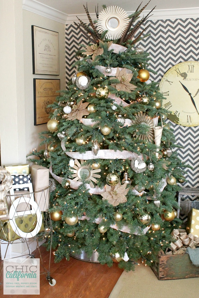 Galvanized Bucket Christmas Tree Skirt Tutorial