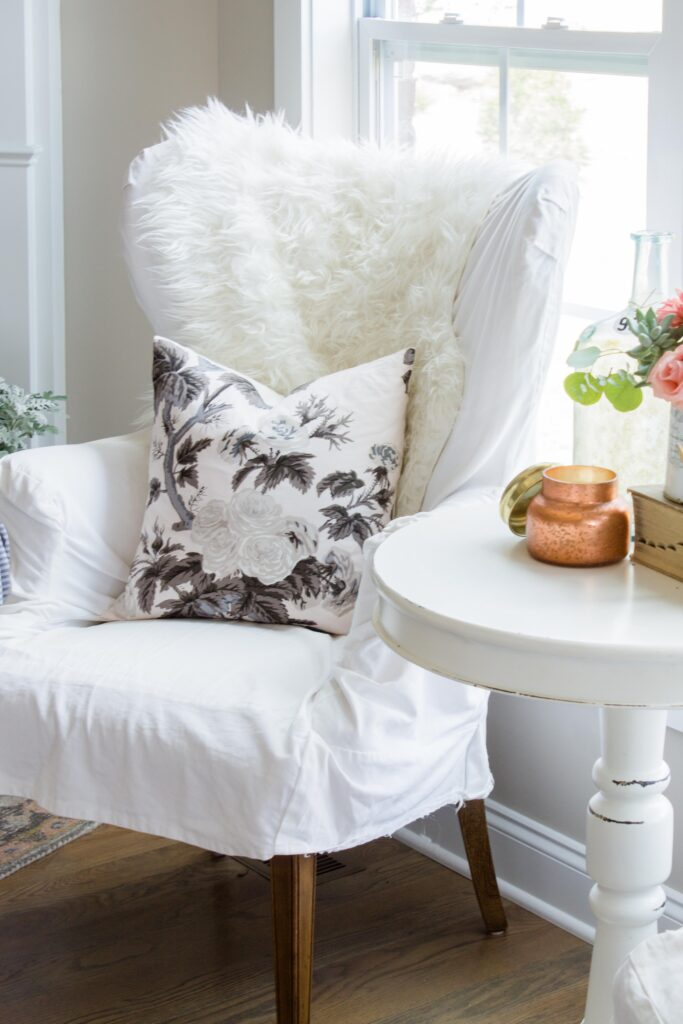 Chic California // Transitional Fall Decor Family Room Tour Love this Pyne Hollyhock pillow for Fall