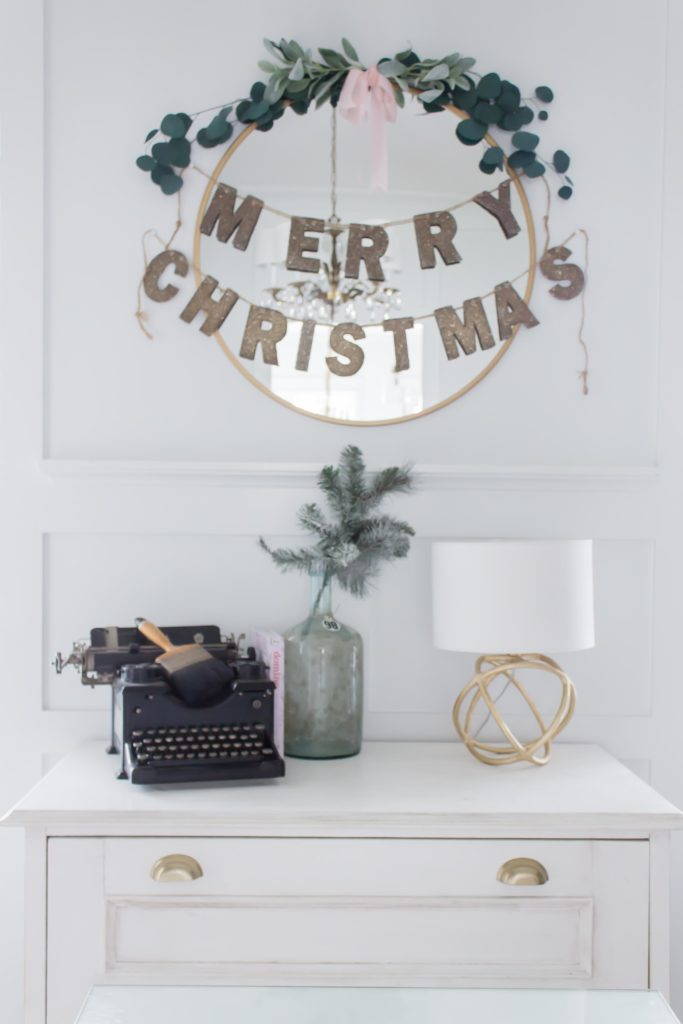 Modern Farmhouse Christmas Home Tour Office _001