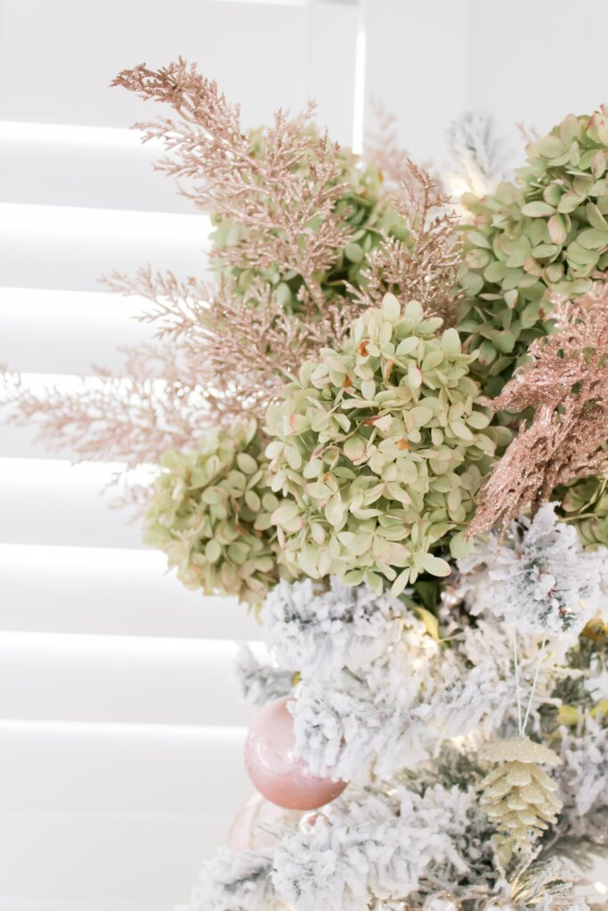 Modern Farmhouse Christmas Home Tour Office _007