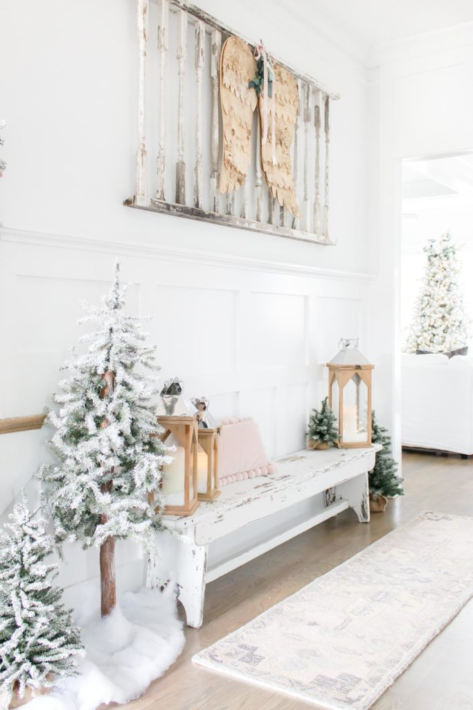 Light, Bright and White Christmas Decor