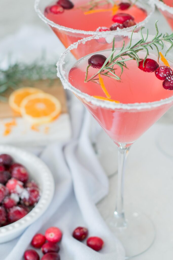 Low Carb Sugared Cranberry Vodka Fiz| The Perfect Low Carb Cocktail | AE Home & Style (ChicCalifornia)