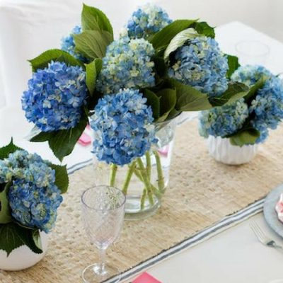Simple and Elegant Mother's Day Table Decor