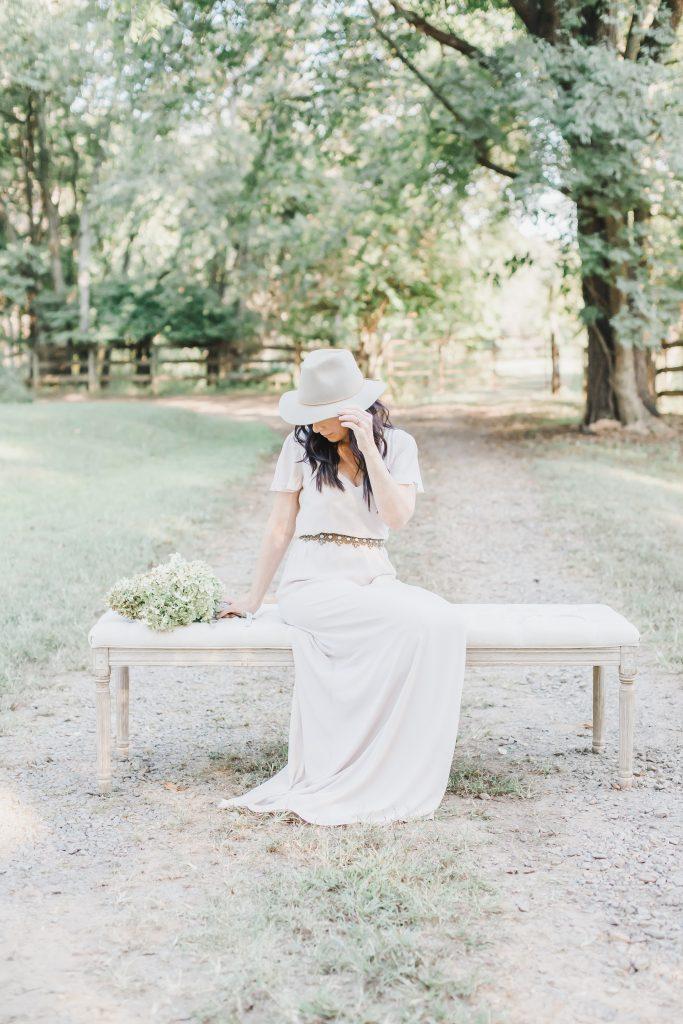 Adrienne Elizabeth Photography |AEHomeStylelife.com | #lightandairy #lightandairyphotography #blogger